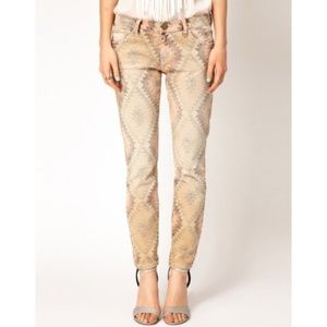 Current Elliot The Stiletto Desert Navajo Jeans